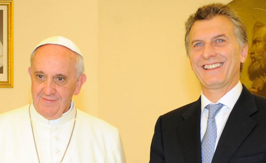 La familiar pero reservada reunión del papa con Macri