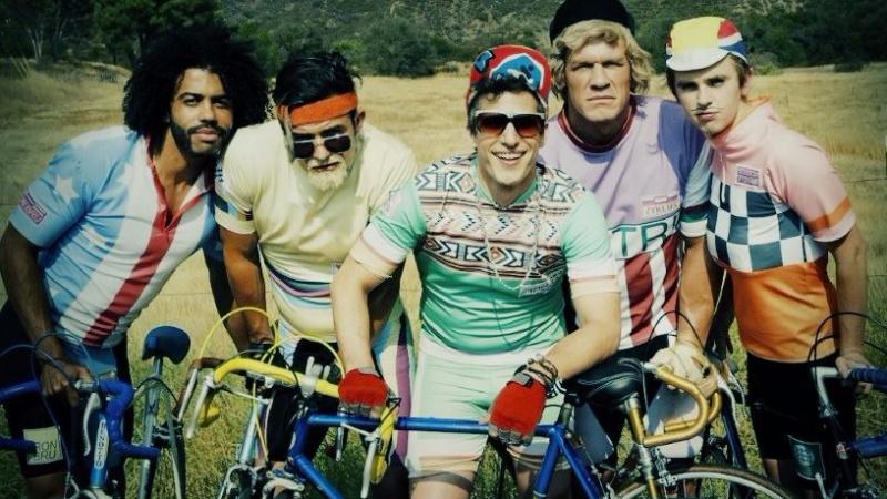 Tour de Pharmacy: ciclistas drogados y humor delirante