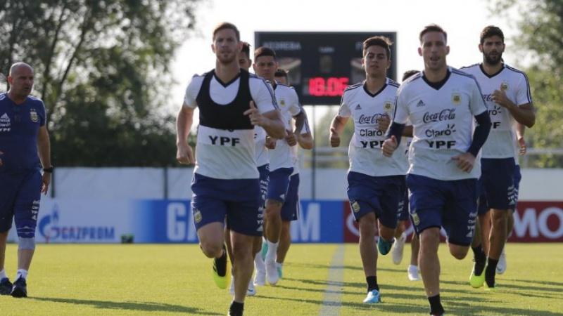 """Palacios: """"Sampaoli conformará el equipo que utilizó en partidos clave"""""""