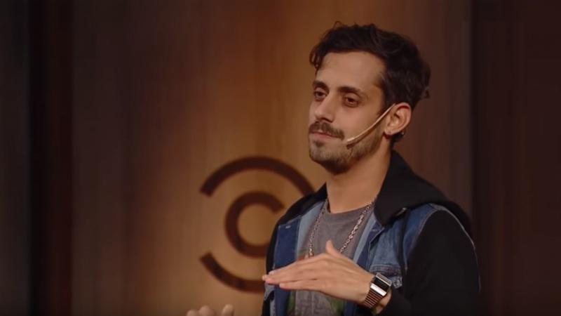 """Agustín Radagast: """"Yo hago un tipo de Stand Up anecdótico"""""""